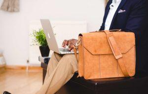 skórzane torby na laptopa
